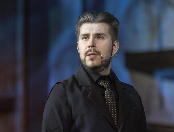 Фото №5 - 5 причин посмотреть новый спектакль Дмитрия Астрахана «Убить папашу»